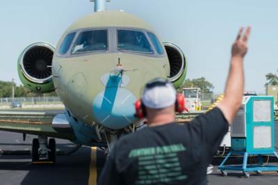 Cessna citation longitude moves closer to first flight for Cessna hydraulic motor identification