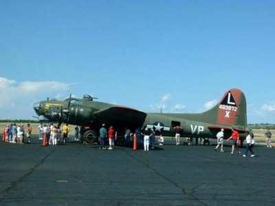 Wanted: Loving Home For 'Texas Raiders' B-17 | Aero-News Network