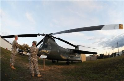 Soldiers Provide Facelift For 'Winged Chinook' | Aero-News