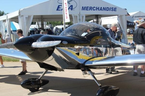 Zenith Aircraft Founder Honored for Forty Years of Light
